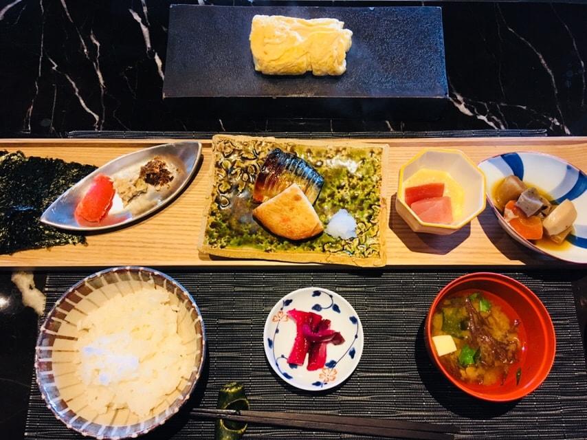 温泉 朝ごはん 和食